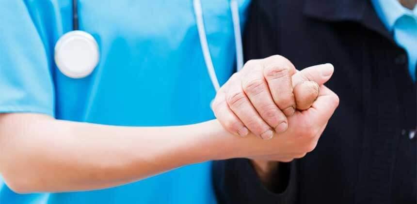 L'équipe paramédicale de l'EHPAD Joseph Magot est composée de cadre de santé, d'infirmières, d'aide-soignantes et d'agents des services hospitaliers